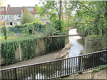 TQ2992 : The confluence of Pymme's Brook and Bounds Green Brook by Mike Quinn