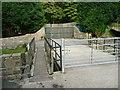 SE1509 : Footbridge on Holmfirth FP48, New Mill by Humphrey Bolton