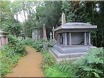 TQ2887 : Another path by Bill Nicholls