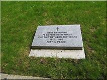 TQ2886 : Plaque on the Graves by Bill Nicholls