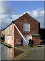 SO8171 : Canal warehouse in Stourport Upper Basin, Worcestershire by Roger  Kidd