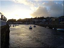 SH5738 : Afon Glaslyn flows to the sea by John Lucas