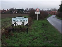 SK6889 : Entering Mattersey Thorpe on Breck Lane by Neil Theasby