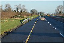 S6764 : M9 Northbound towards junction 6 by Ian S