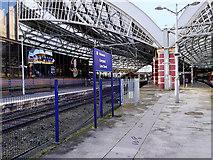 SJ3590 : Lime Street Station by David Dixon