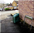 ST1880 : Lake Road North grit bin, Cardiff by Jaggery