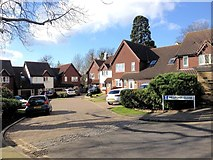 TQ7369 : Millpond Close, Frindsbury by Chris Whippet