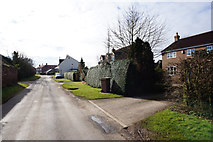 TA1345 : Rise Lane, Catwick by Ian S