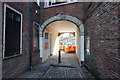 TA0928 : Archway on Prince Street, Hull by Ian S