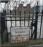TQ2977 : Sign, Grosvenor Road by Stephen Richards