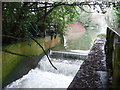 TM1245 : Weir on the River Gipping, Sproughton by Humphrey Bolton