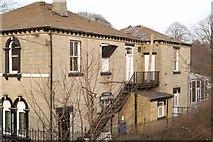 SE2237 : Demolition of the former Oliver's Paris restaurant (1) by Rich Tea