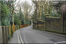 TQ2887 : Swain's Lane, Highgate by Bill Boaden
