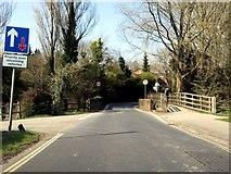 SU4828 : Garnier Road crosses the River Itchen by Steve Daniels