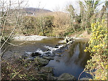 J3731 : Weir on the Shimna at Islands Park by Eric Jones