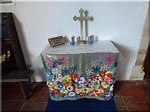 SU3477 : St James, Eastbury: Sunday School altar by Basher Eyre