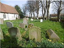 TQ9963 : St Mary's Churchyard, Luddenham by Marathon