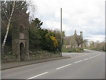 SK4023 : Main Street, Breedon on the Hill by M J Richardson