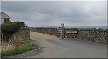 SS2001 : Stone walls at the entrance to Higher Widemouth Farm by David Smith
