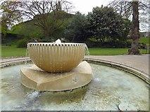 TR1457 : Dane John gardens fountain by Steve  Fareham