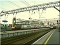 SJ8597 : Arrival and departure, Manchester Piccadilly by Stephen Craven