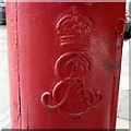 TQ2887 : Cypher, Edward VII postbox on Broadlands Road by JThomas