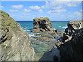 SW8263 : Rocks at Trevelgue Head by David Weston