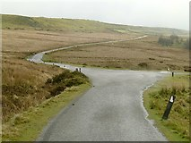 SO5977 : The road from Titterstone Clee by Alan Murray-Rust