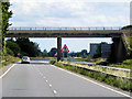 TF0945 : Bridge over the A17 at Kirkby la Thorpe by David Dixon