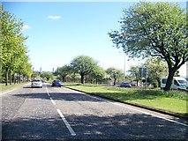 NS5170 : A82 near the Great Western Retail Park by Elliott Simpson