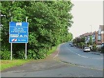 SE2534 : Two-plus lane warning by Stephen Craven