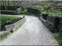 SE1265 : Bradstone  Dub  bridge  on  the  Nidderdale  Way by Martin Dawes
