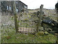 SE0029 : Gate on footpath at Slack House, Wadsworth by Humphrey Bolton