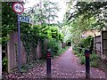 SZ0891 : Bournemouth: the top of footpath B16 by Chris Downer