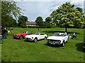 TF0919 : Classic cars on the Wellhead by Bob Harvey