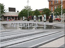 J0407 : Fountains on Market Square, Dundalk by Eric Jones