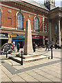 TL1998 : Obeliskal war memorial, Bridge Street, Peterborough by Robin Stott