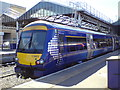 NH6645 : Train in Inverness station by Schlosser67