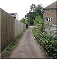 ST3090 : Path between wooden fences,Malpas, Newport by Jaggery
