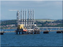 NT1580 : Hound Point Tanker Terminal in the Firth of Forth by Mat Fascione