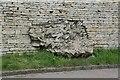TL1298 : Roman masonry, Stocks Hill by Alan Murray-Rust