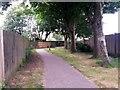 SZ0694 : West Howe: footpath U03 heads for Maclean Road by Chris Downer