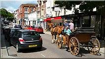 SO6024 : Gloucester Road traffic, Ross-on-Wye, 2 by Jonathan Billinger