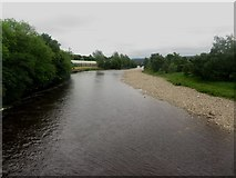 NY7063 : View upstream along the River South Tyne at Haltwhistle by Graham Robson