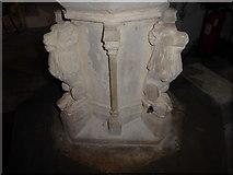 TM2692 : St. Margaret, Topcroft: font (VI) by Basher Eyre