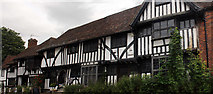 TR0653 : The Peacock, Tudor Lodge, Tudor Cottage and The Smithy, The Square, Chilham by Jo Turner