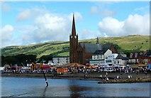 NS2059 : Largs : St Columba's Parish Church (Church of Scotland) by Raibeart MacAoidh