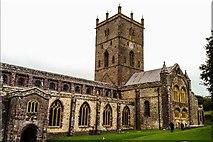 SM7525 : St David's Cathedral, Pembrokeshire by Stephen Elwyn RODDICK