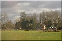 SU6168 : Cottage, Ufton Lock by N Chadwick