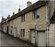SO8700 : Firefly Cottage, Minchinhampton by Jaggery